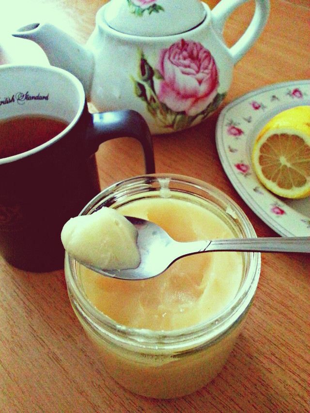 #food #breakfast With tea, lemon and honey I can easily get rid of Grip...