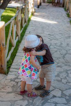 waploveportrait photography kids kiss boy